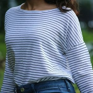 Skinny stripes Black and White Top